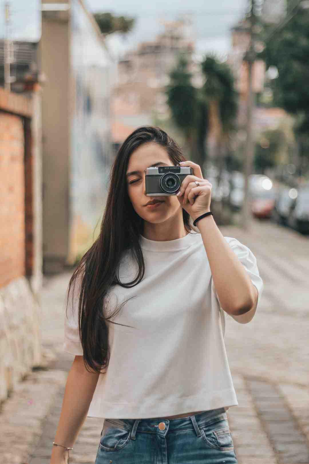 Comment faire un montage photo avec de la musique?