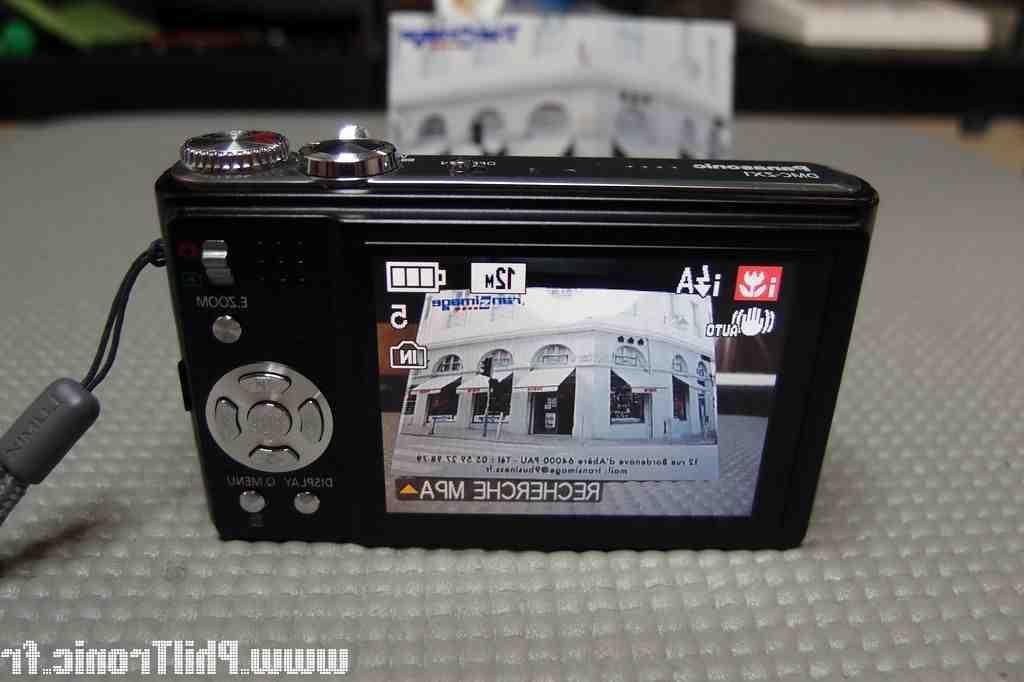 Comment réinitialiser la caméra Lumix?