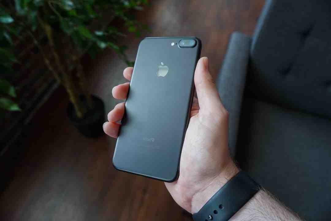 Comment eteindre iPhone 11 de force ?